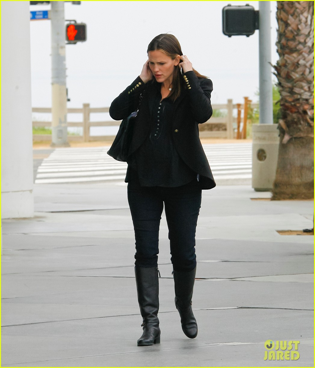 jennifer garner ben affleck huckleberry 072593857
