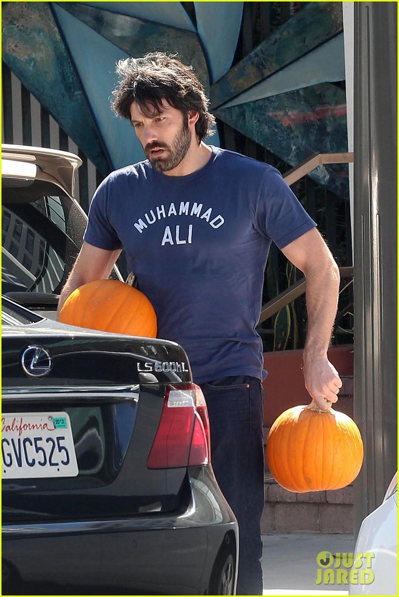 ben affleck jennifer garner pumpkins 172588326