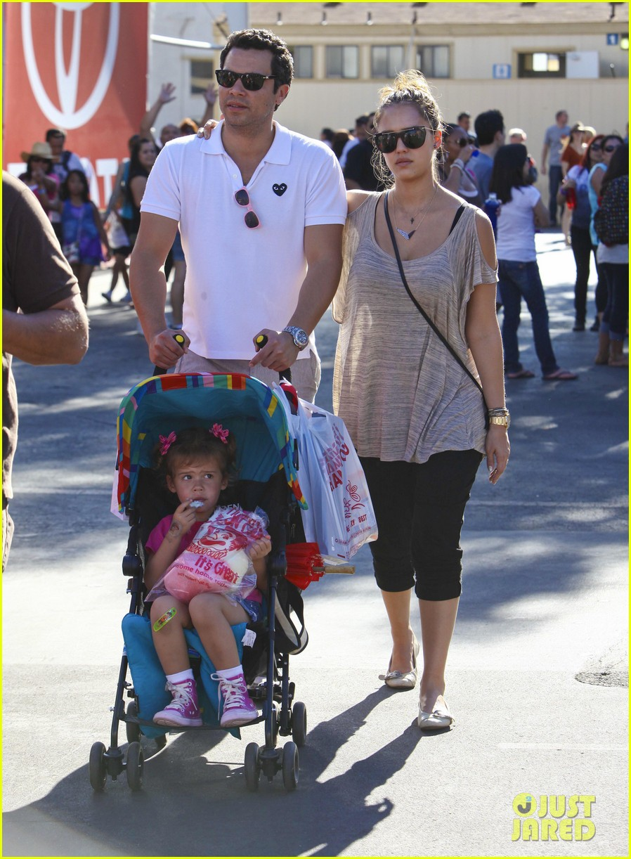jessica alba family fun day 132586186