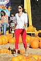 alessandra ambrosio pumpkin patch with anja 04