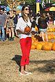 alessandra ambrosio pumpkin patch with anja 06