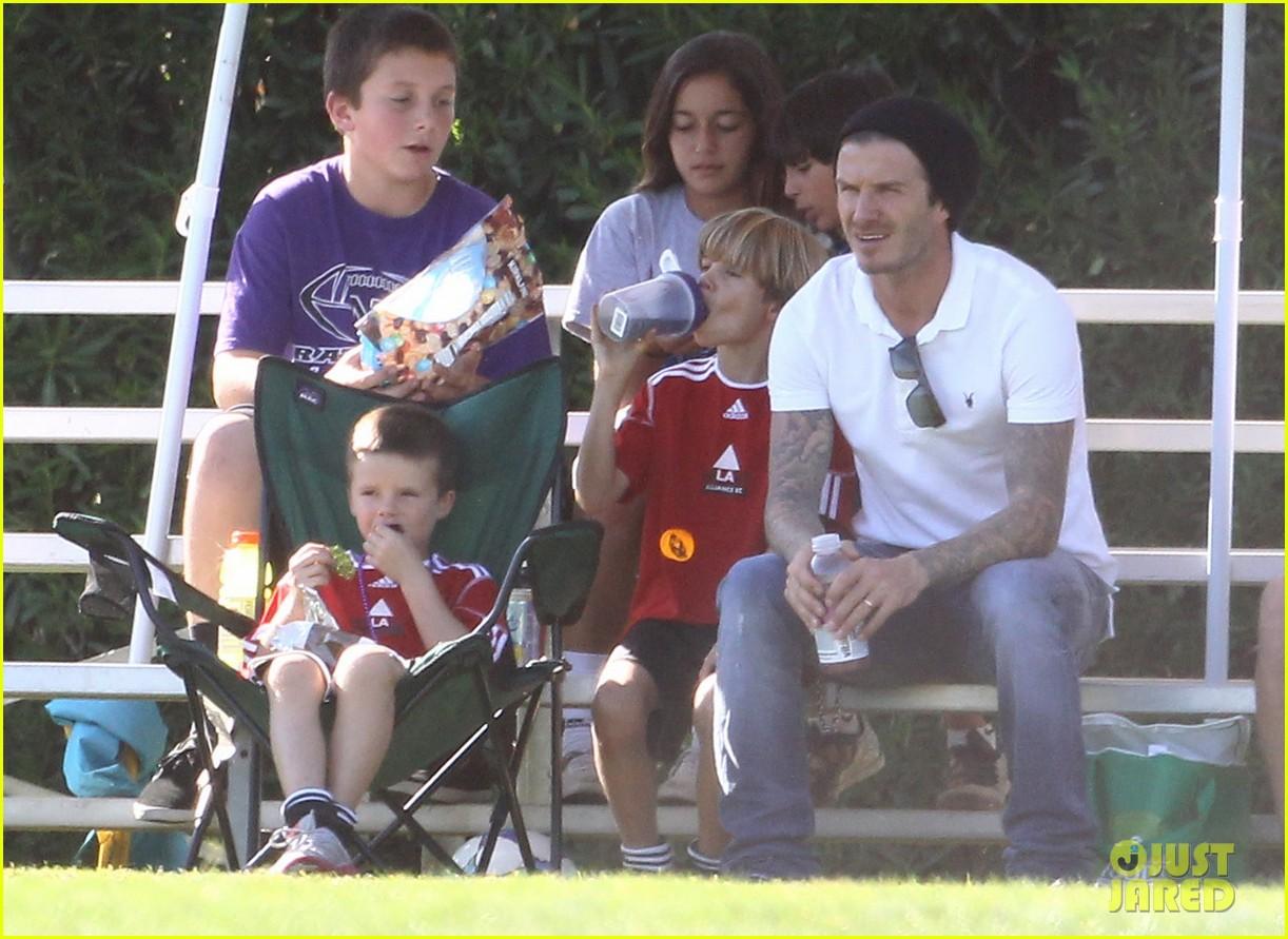 David Beckham Soccer Dad Photo 2592898 Brooklyn Beckham Celebrity Babies Cruz Beckham