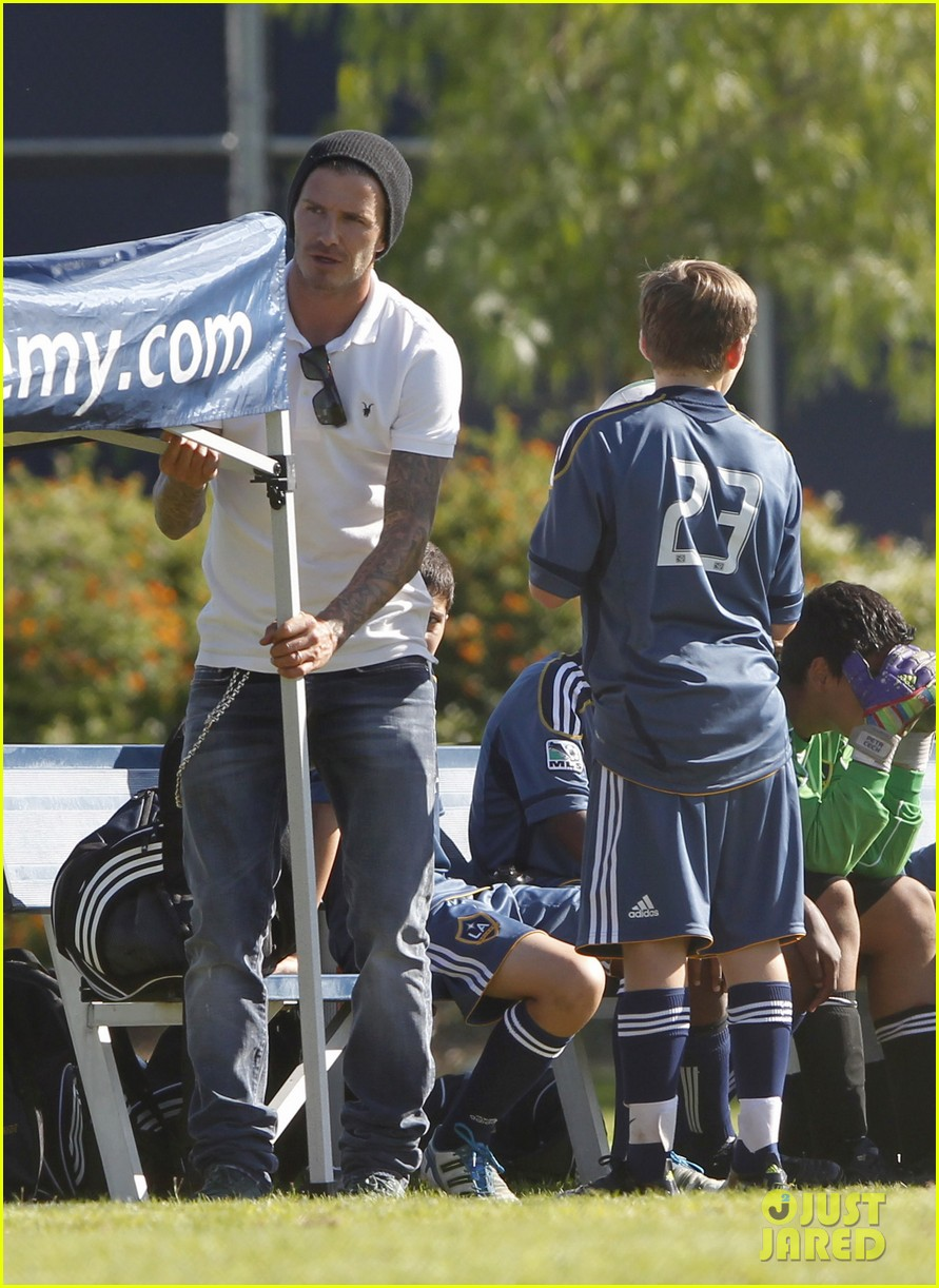 david beckham watches kids soccer 07