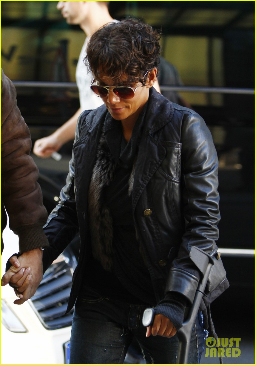 halle berry olivier martinez kadewe berlin 02