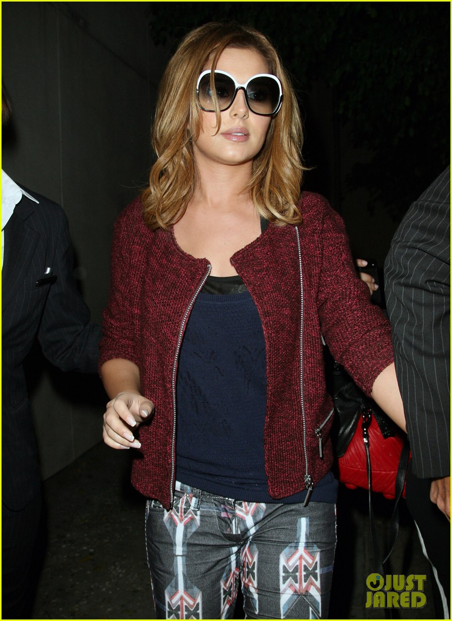cheryl cole speedy lax arrivial 05