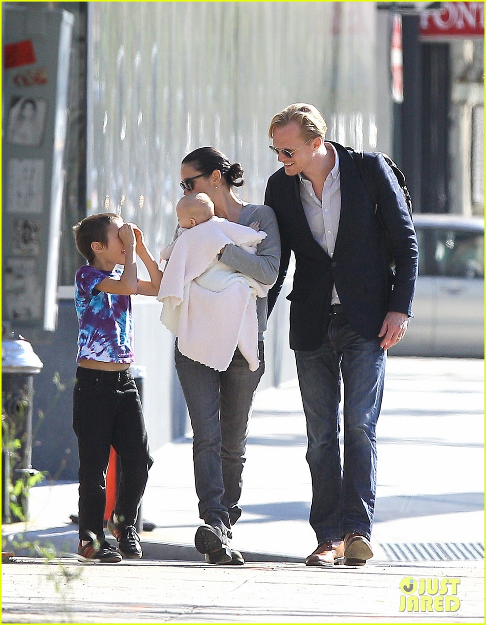 jennifer connelly agnes paul bettany nyc 012587896