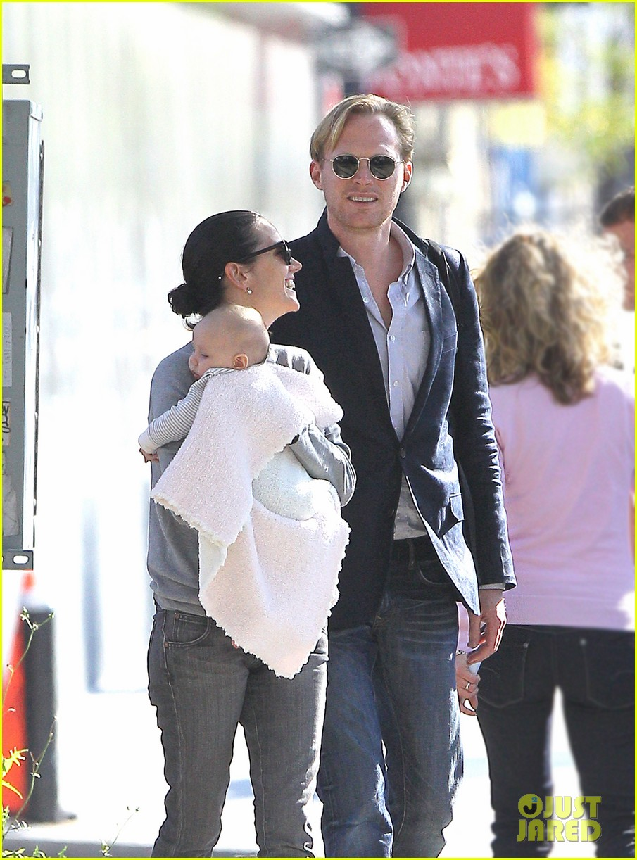 jennifer connelly agnes paul bettany nyc 022587897