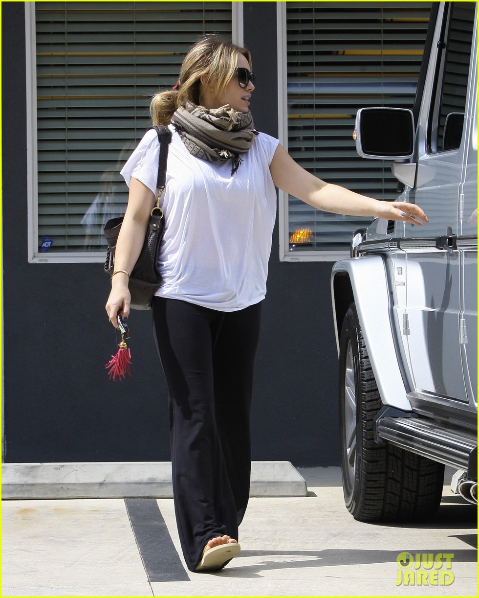 hilary duff pilates class 05