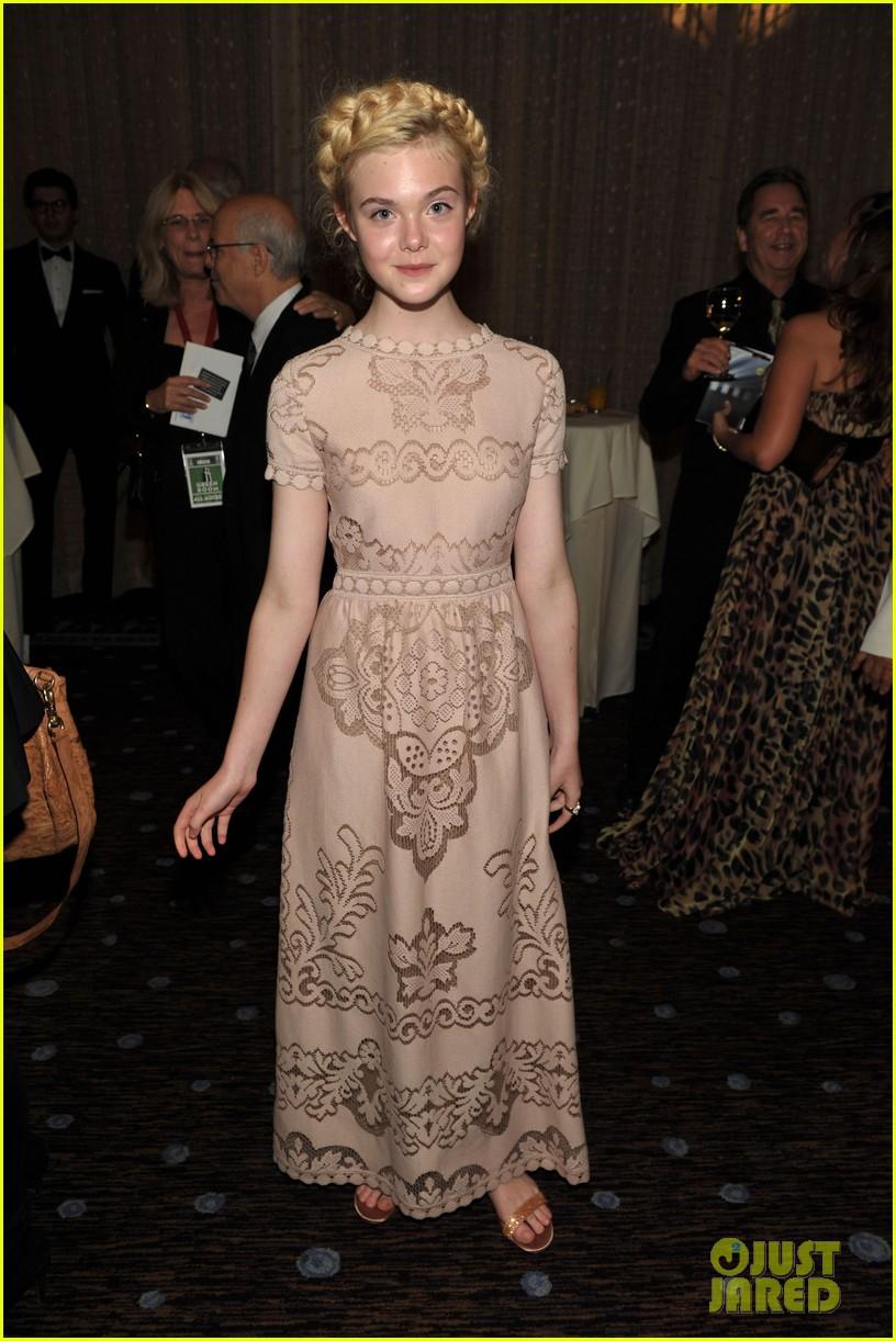 elle fanning hollywood film awards 2011 072593421