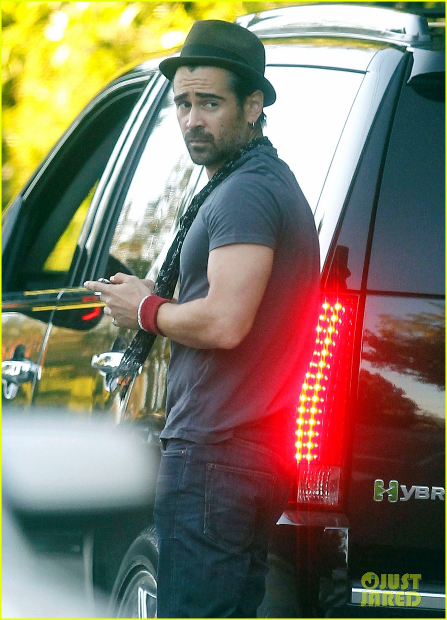 colin farrell visit brentwood 042587904