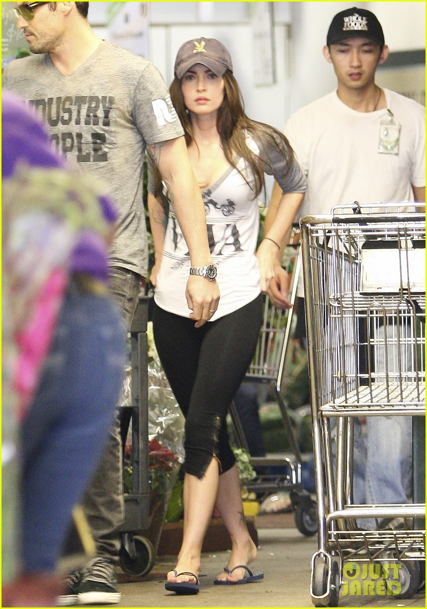 megan fox whole foods 05