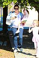 jennifer garner brings the girls to ballet class 09