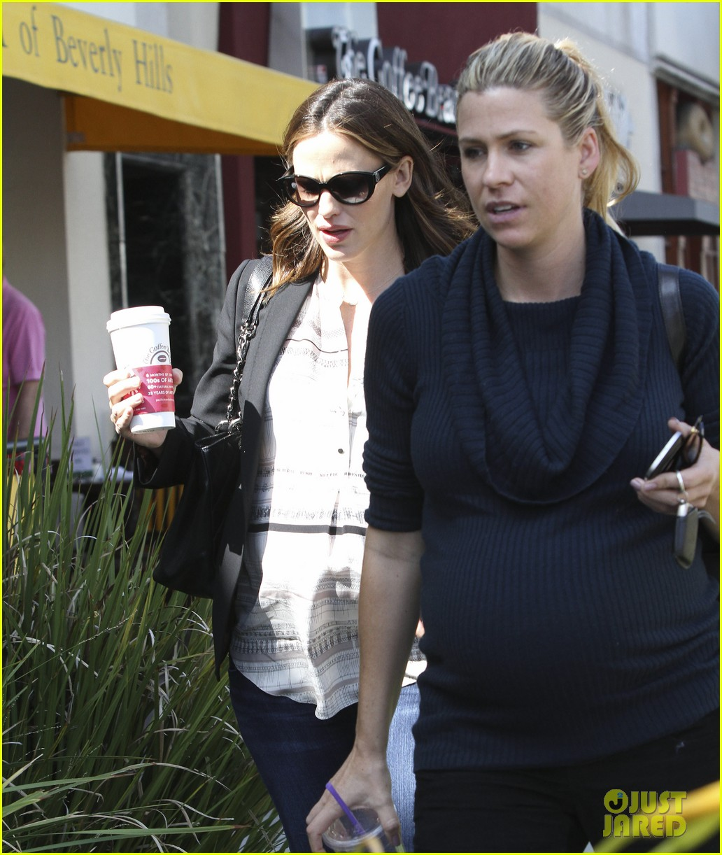 jennifer garner coffee pal 112591202