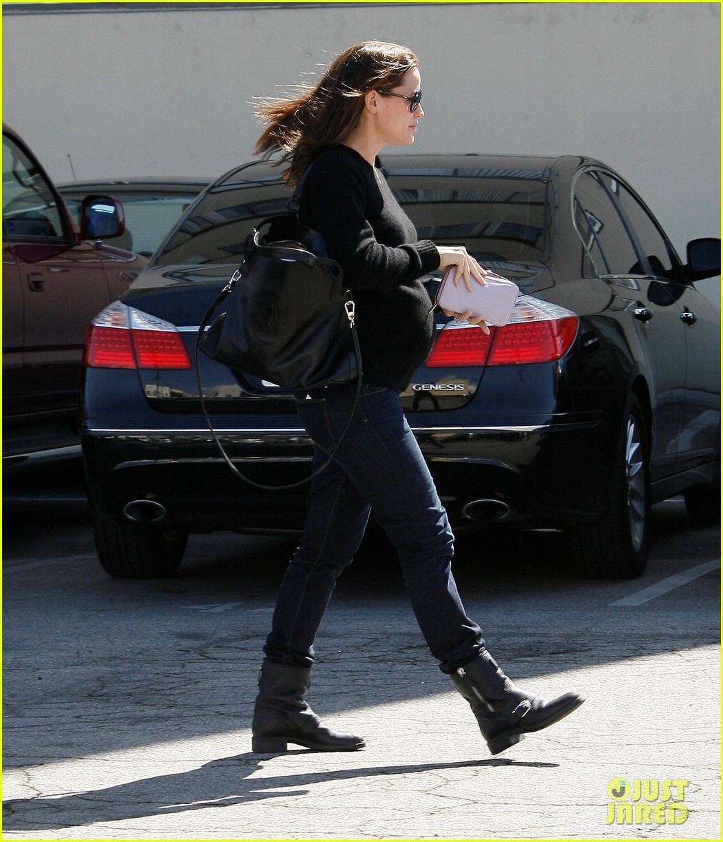 jennifer garner lemonade brentwood 03