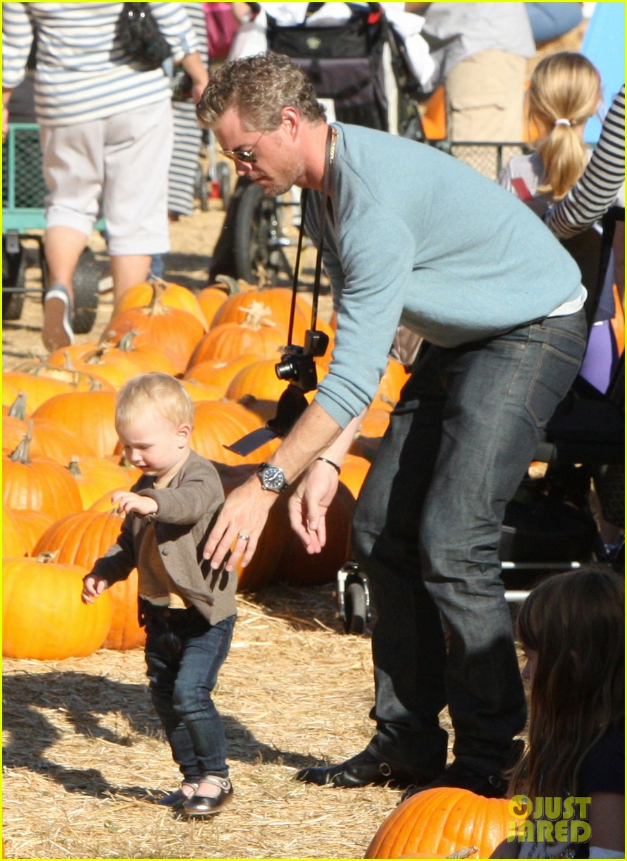 rebecca gayheart eric dane pumpkin patch with billie 012590744