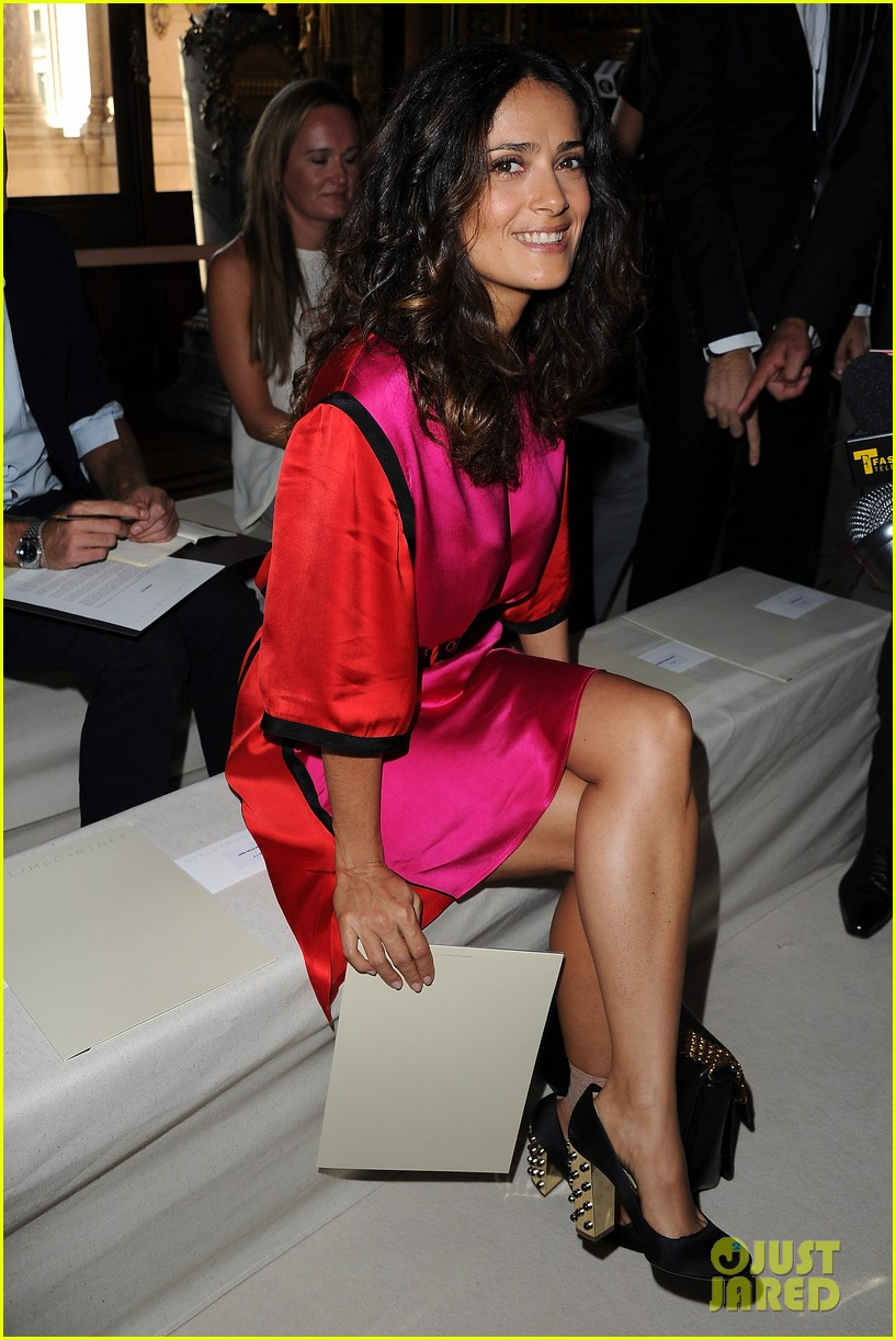salma hayek francois henri pinault stella mccartney paris fashion week 022586303