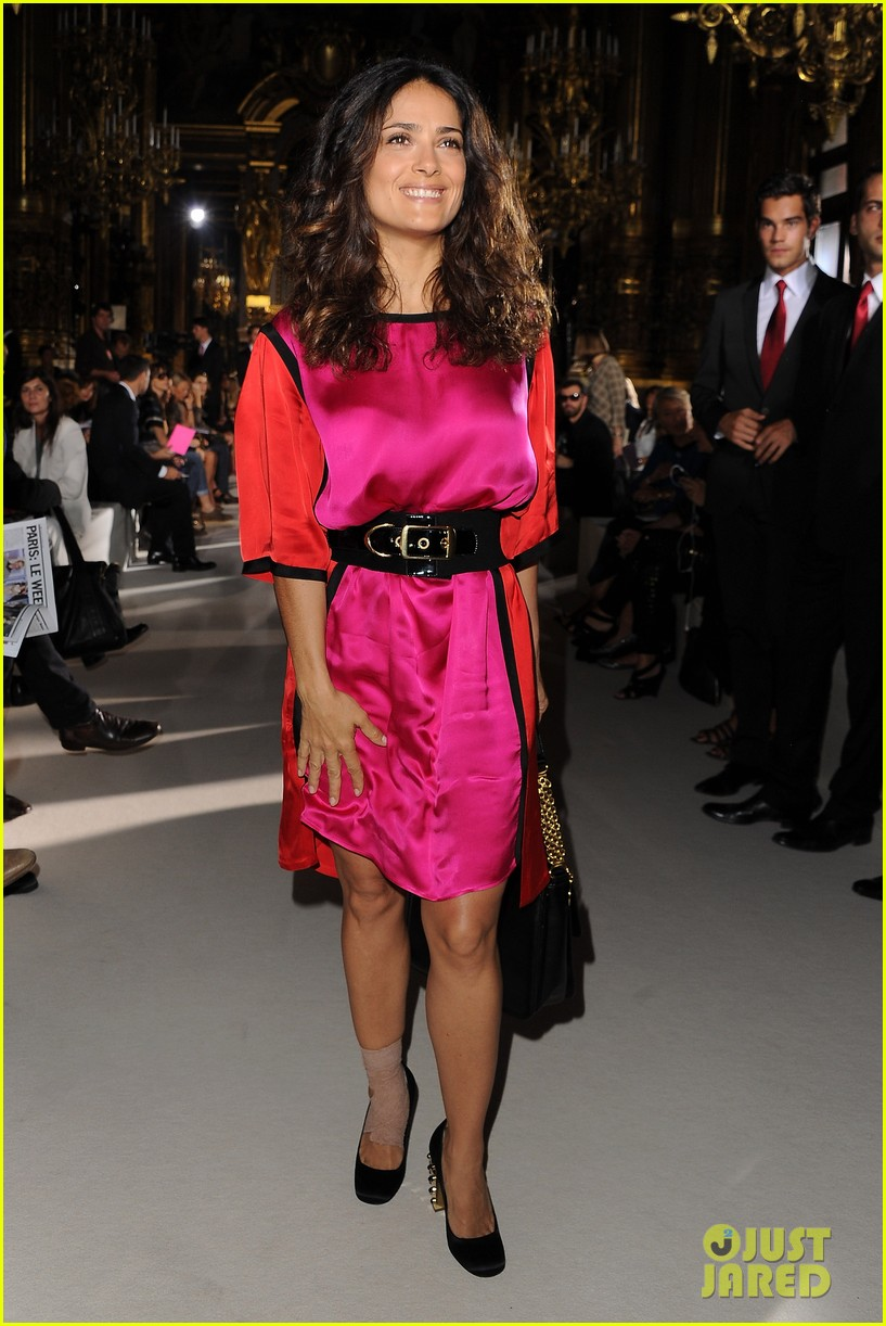 salma hayek francois henri pinault stella mccartney paris fashion week 042586305