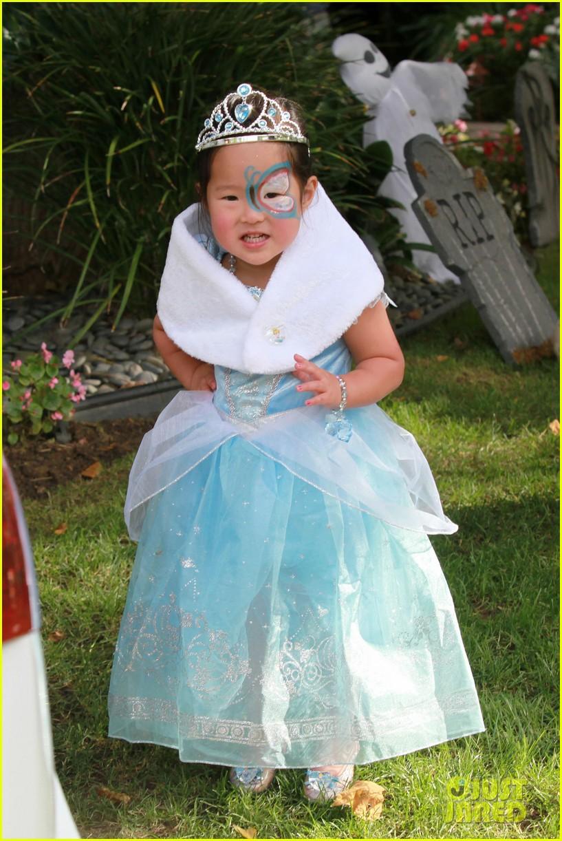 Katherine Heigl & Naleigh: Mommy-Daughter Halloween Fun!: Photo ...