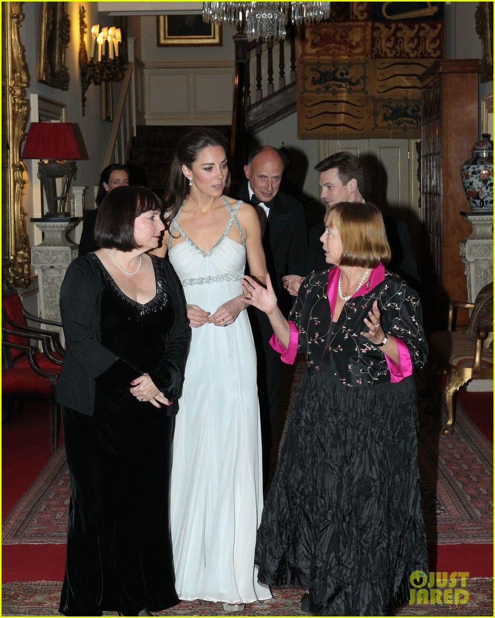 duchess kate in kind direct clarence house 02