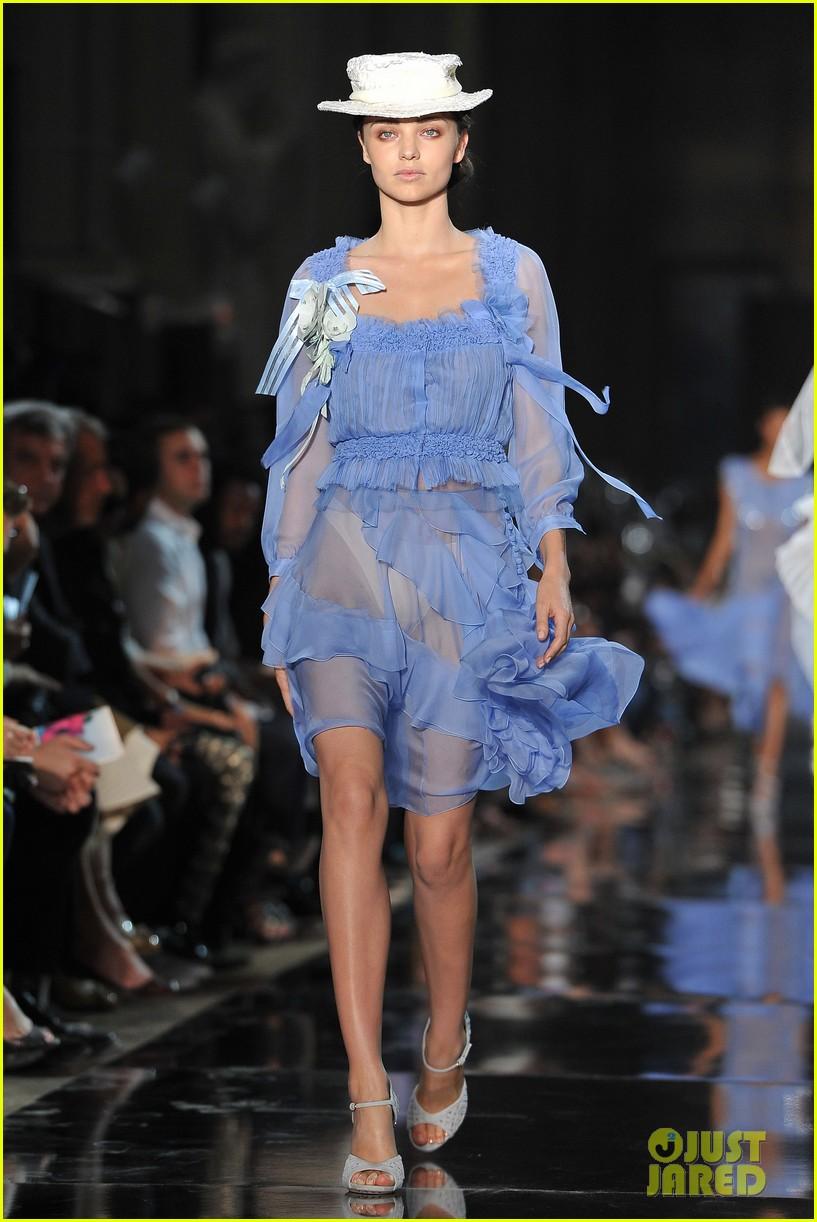 Miranda Kerr Stella Mccartney John Galliano Paris Fashion Week