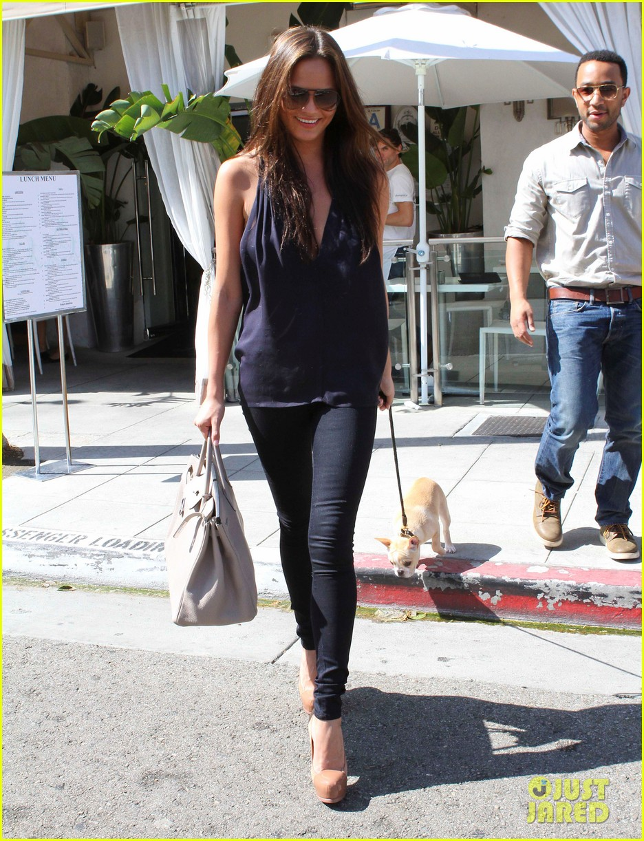 john legend chrissy teigen villa blanca lunch 032585753