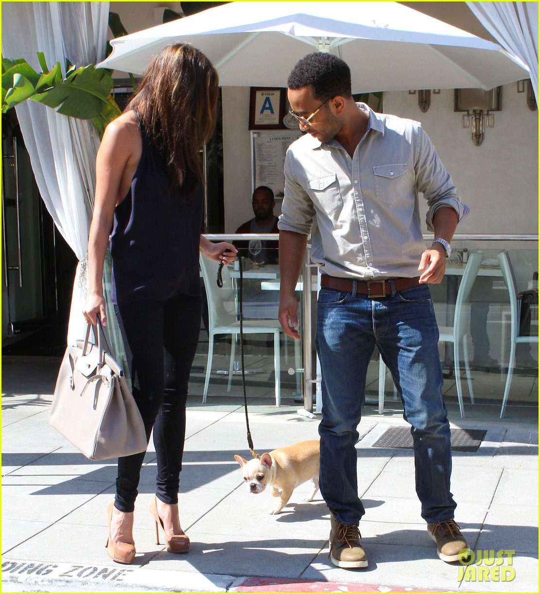 john legend chrissy teigen villa blanca lunch 13
