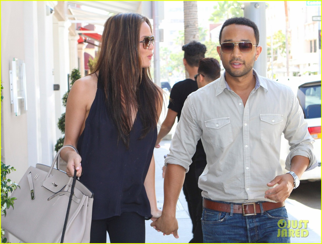 john legend chrissy teigen villa blanca lunch 212585771