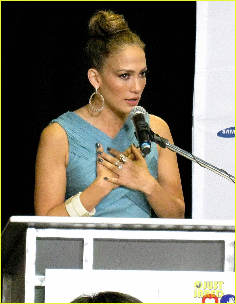 jennifer lopez best buy maribel foundation 05