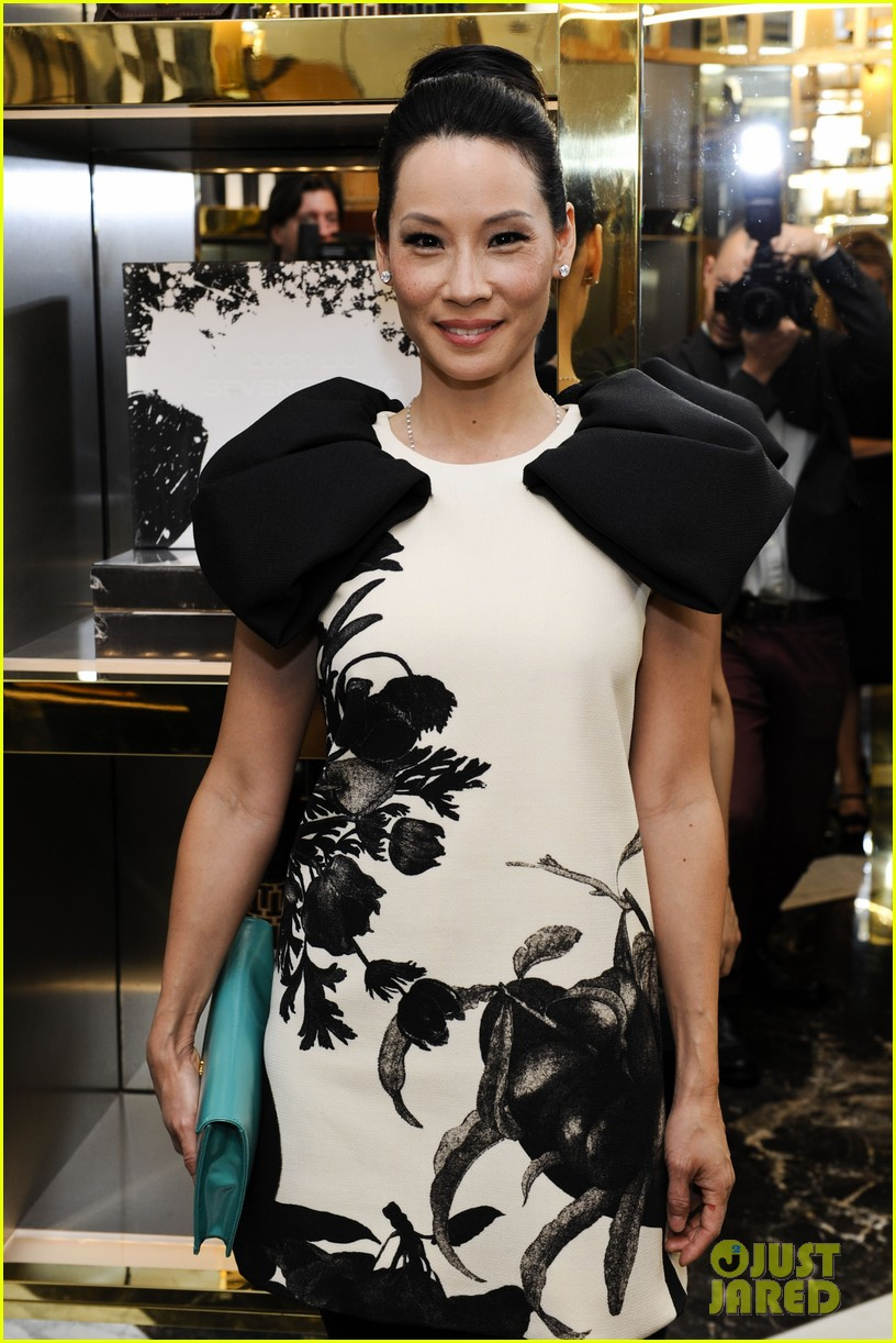 lucy liu book launch tory burch 06