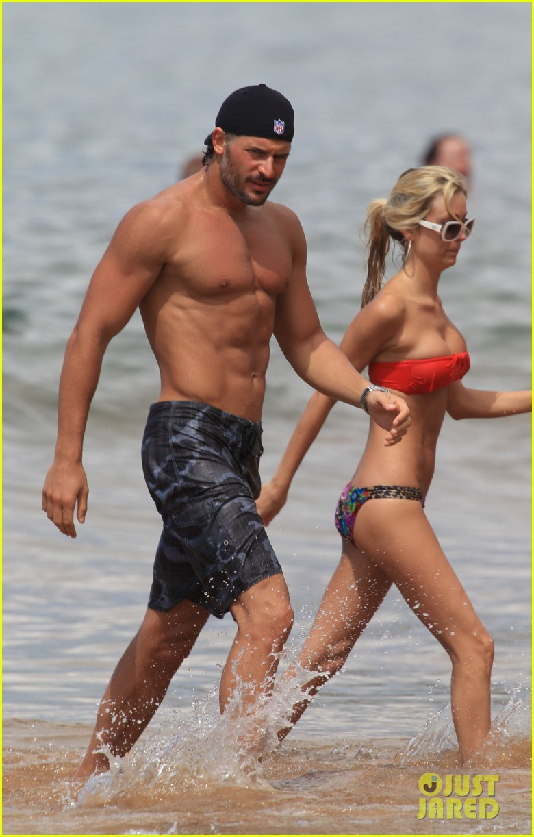 joe manganiello shirtless hawaii
