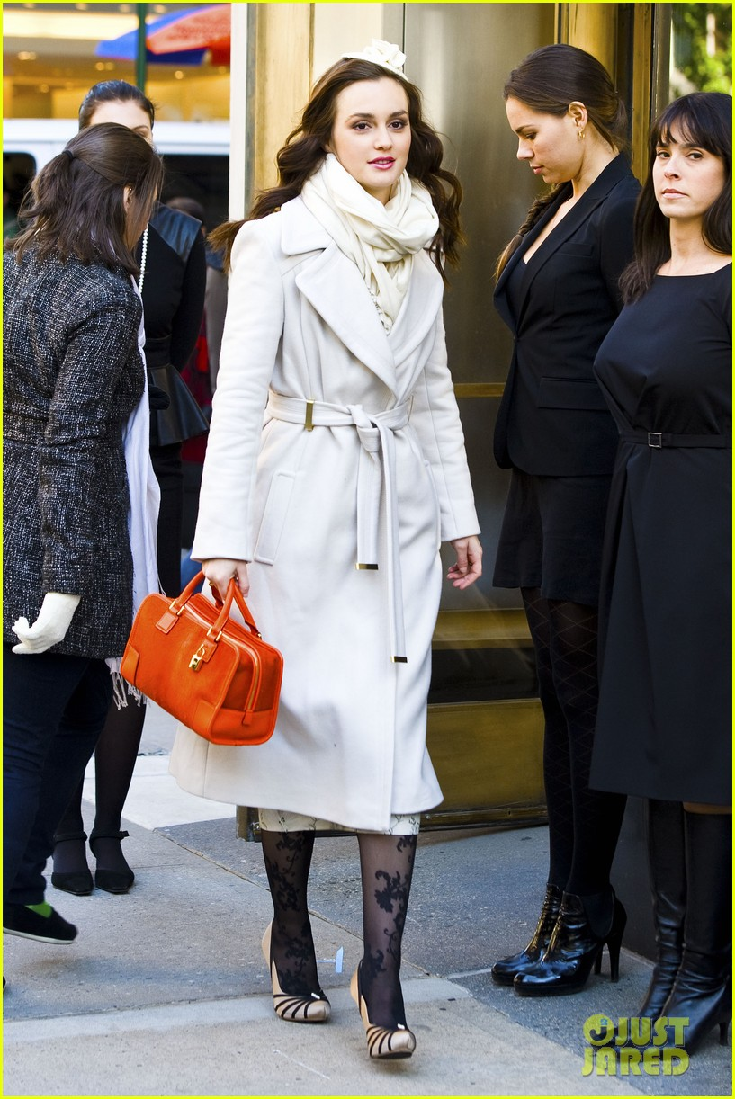leighton meester white coat gossip set 012594723