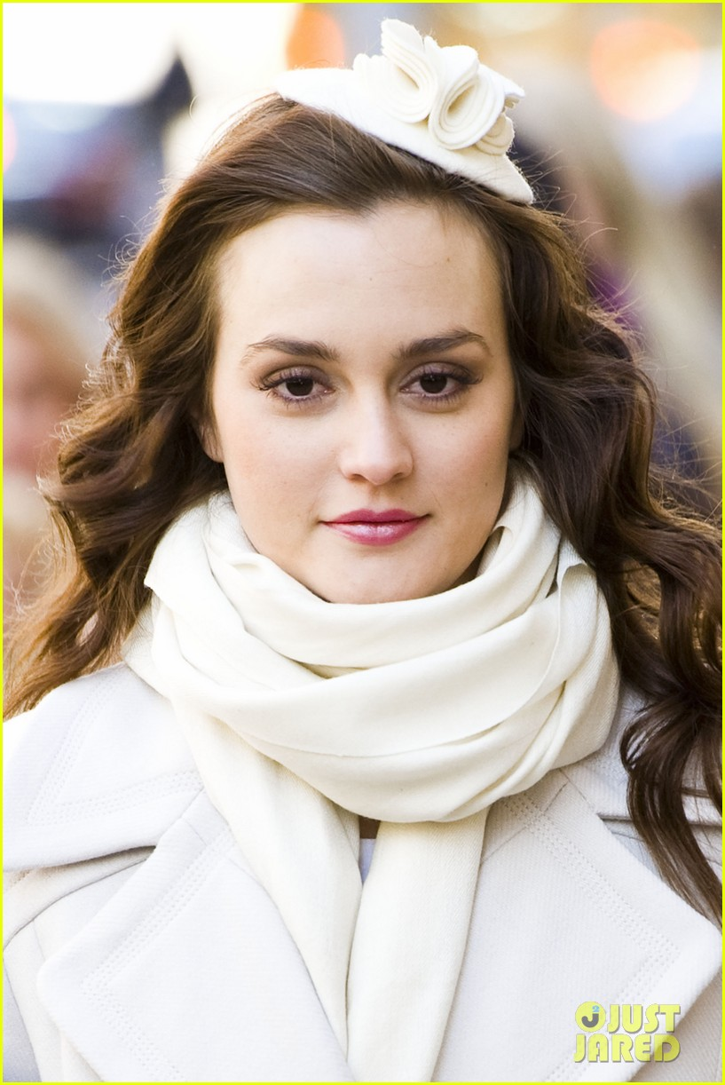 leighton meester white coat gossip set 19