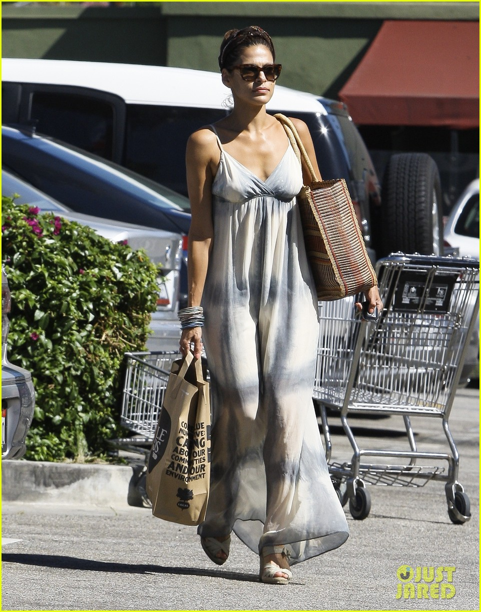 eva mendes whole foods 07