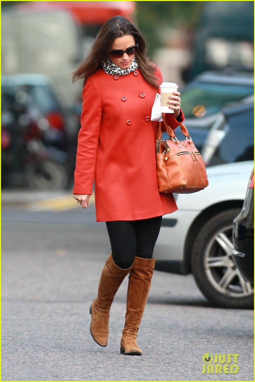 pippa middleton red peacoat 032592240