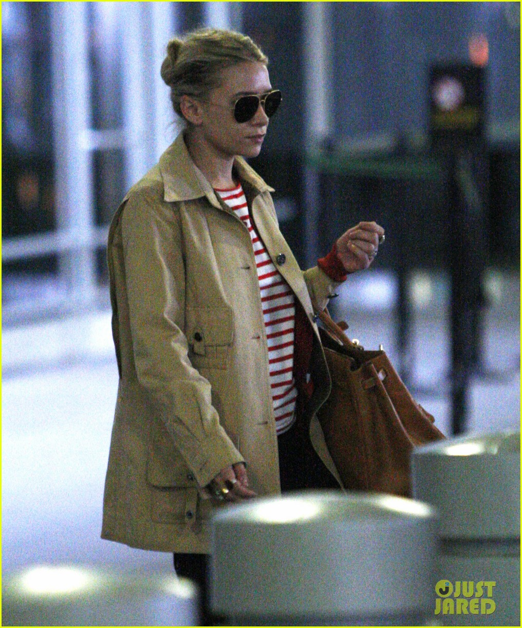 ashley olsen paris to nyc 02