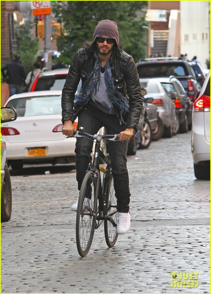 katy perry russell brand biking in nyc 062592504