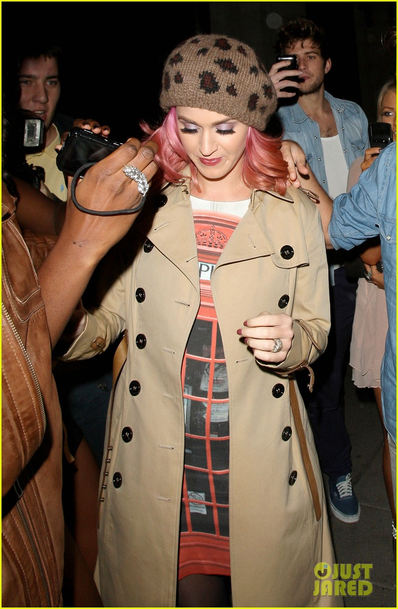 katy perry pink hair 01