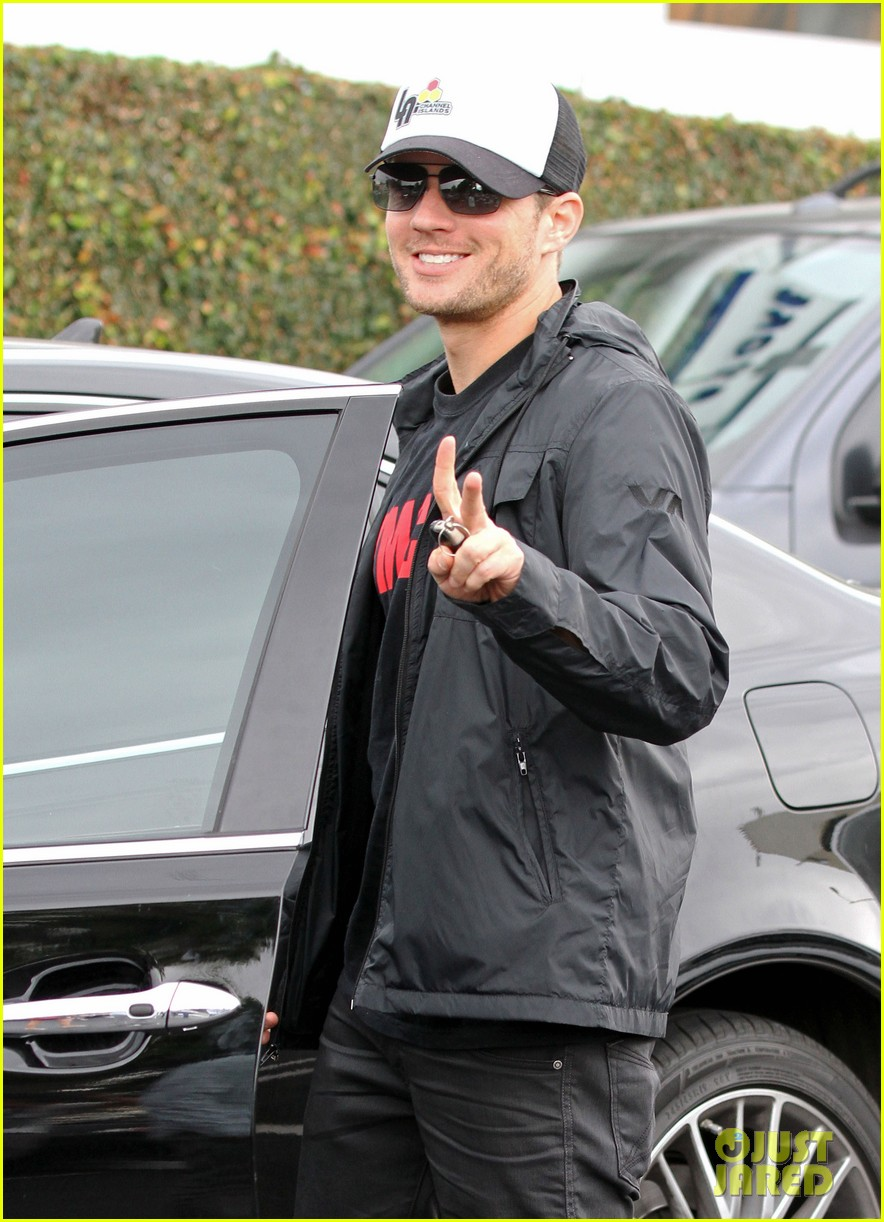 ryan phillippe fred segal 042585897