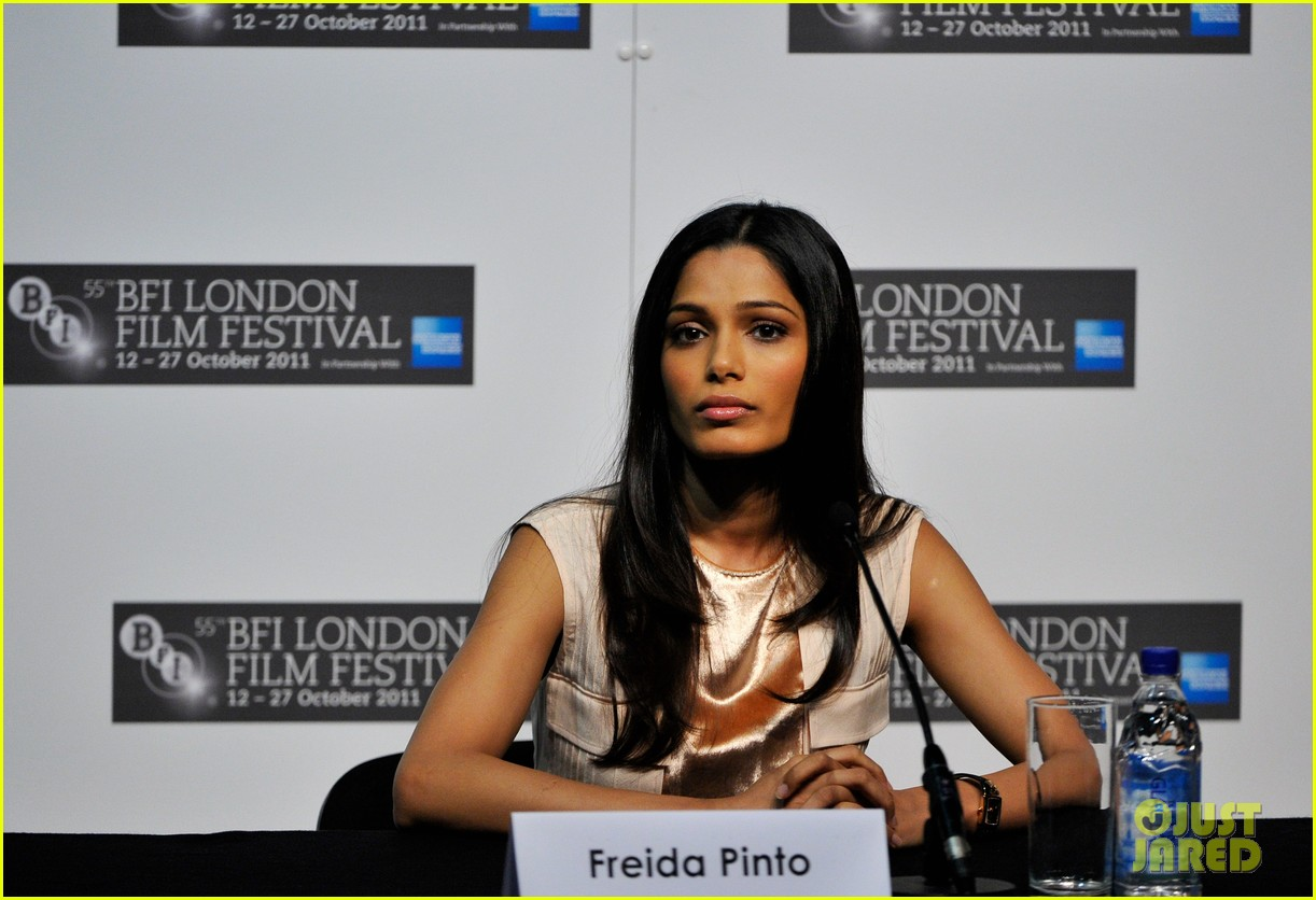 freida pinto trishna photo call 152592394