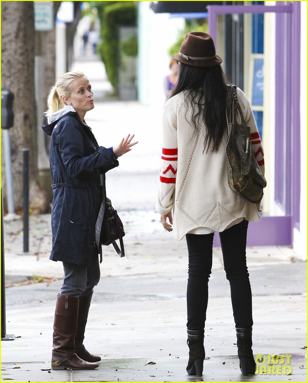reese witherspoon camila alves lunch date rain 032587267