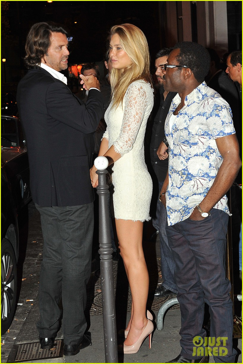 bar refaeli rasputin nightclub with lindsay lohan 032585614