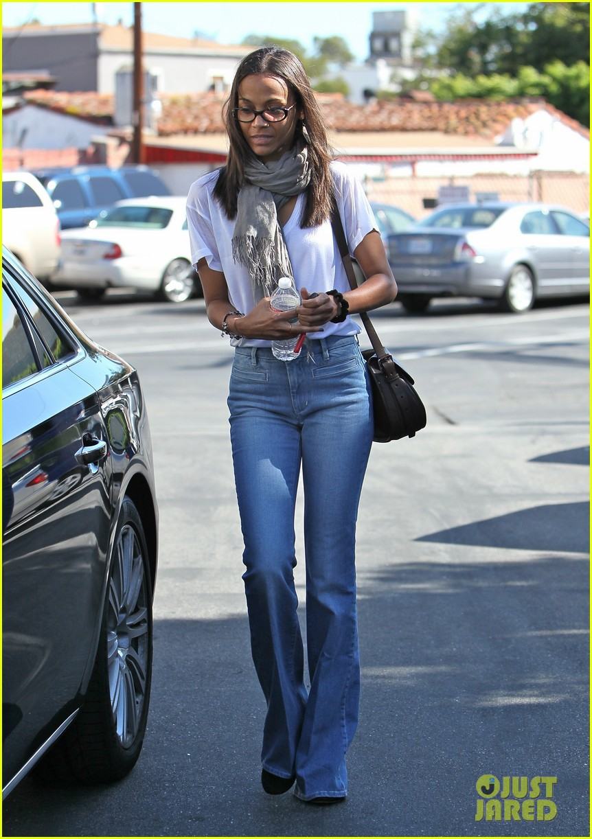 zoe saldana office building 022587431