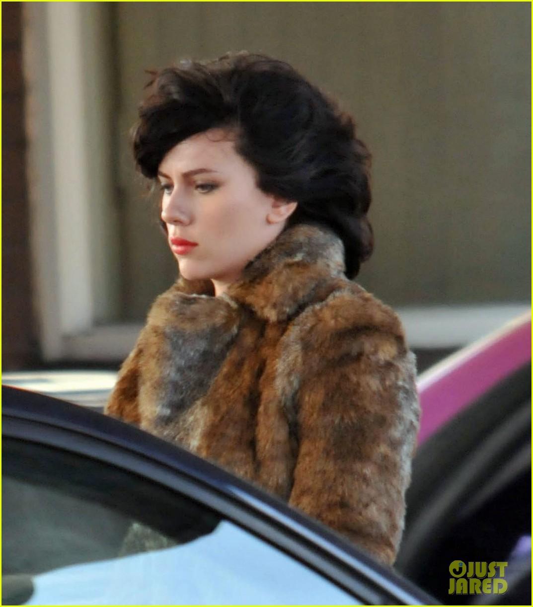 Scarlett Johansson Dark Hair For Under The Skin Photo 2593103 Scarlett Johansson Pictures Just Jared