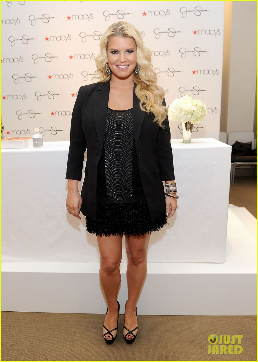 Jessica Simpson: Ready-to-Wear Collection Launch!: Photo 2585991 ...