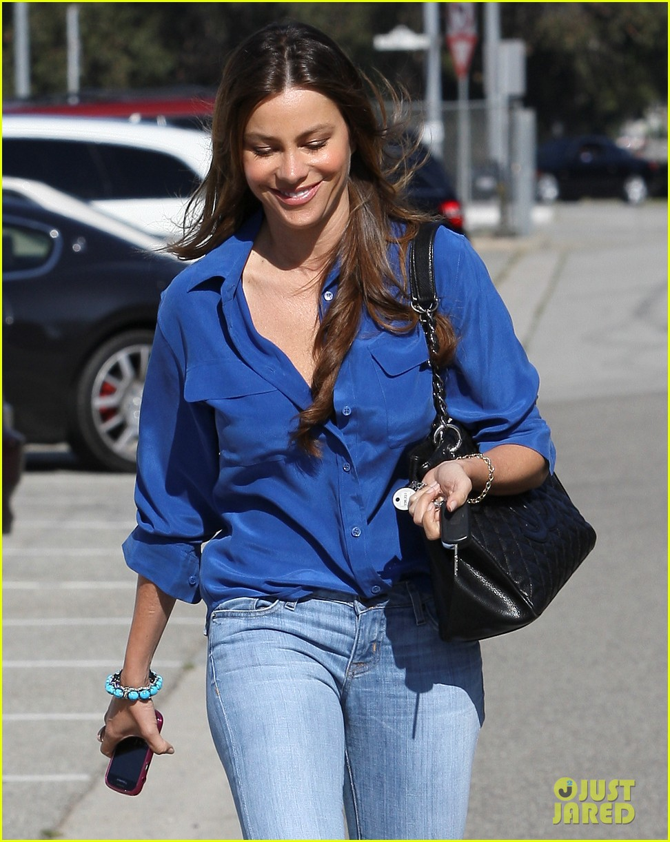 sofia vergara parking ticket blues 042592681