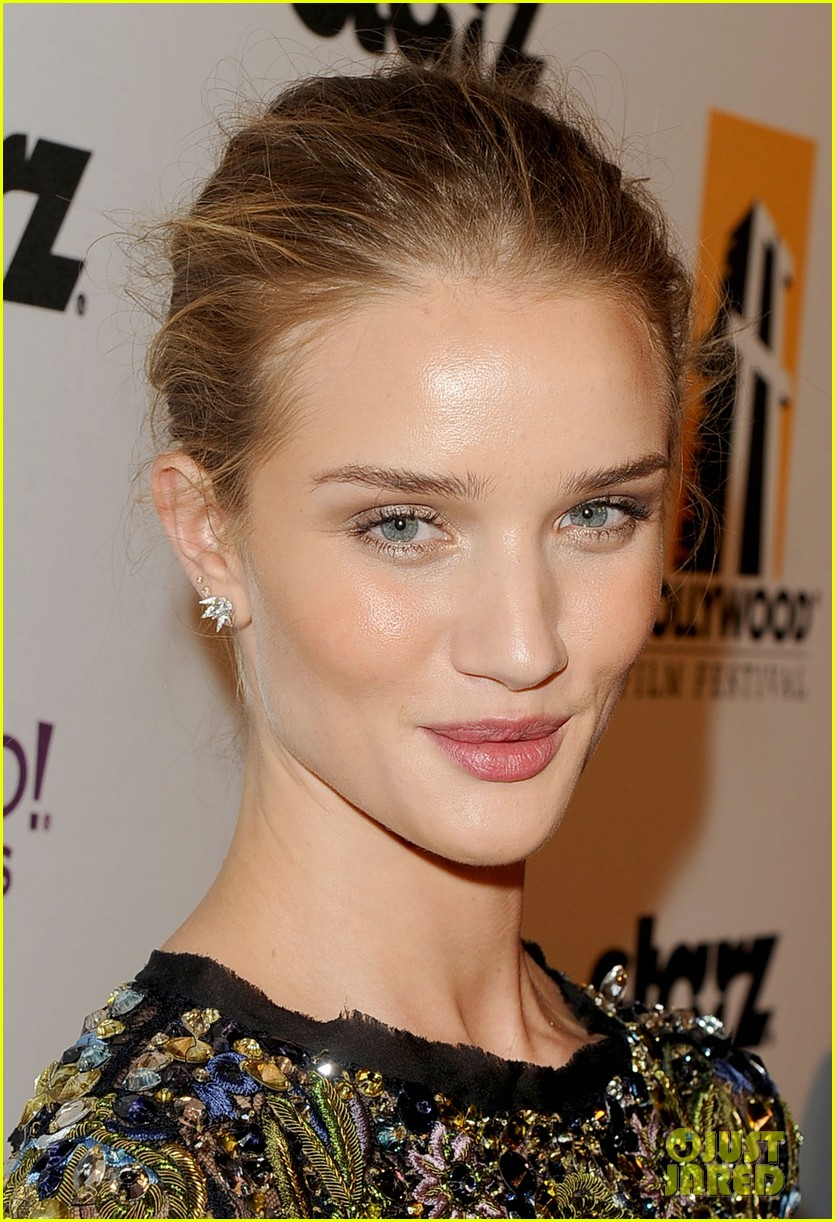 rosie huntington whiteley hollywood film awards 02