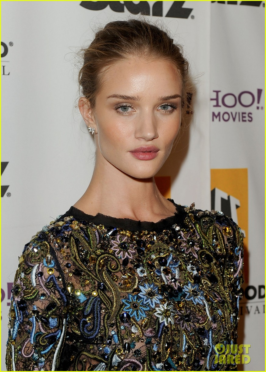 rosie huntington whiteley hollywood film awards 062593231