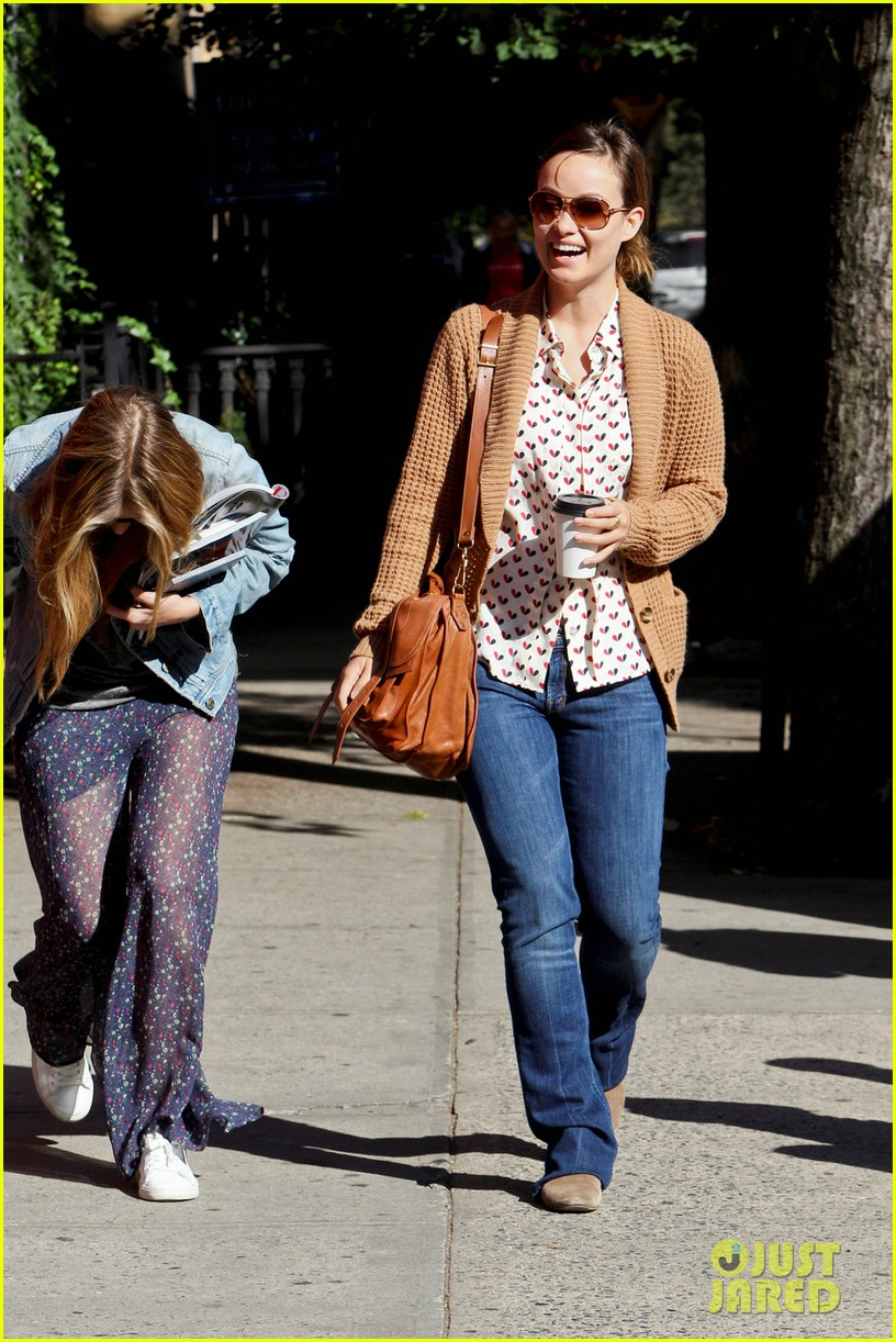 olivia wilde breakfast west village 05