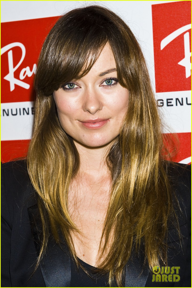 olivia wilde ray ban raw sounds party with emma roberts 052589715