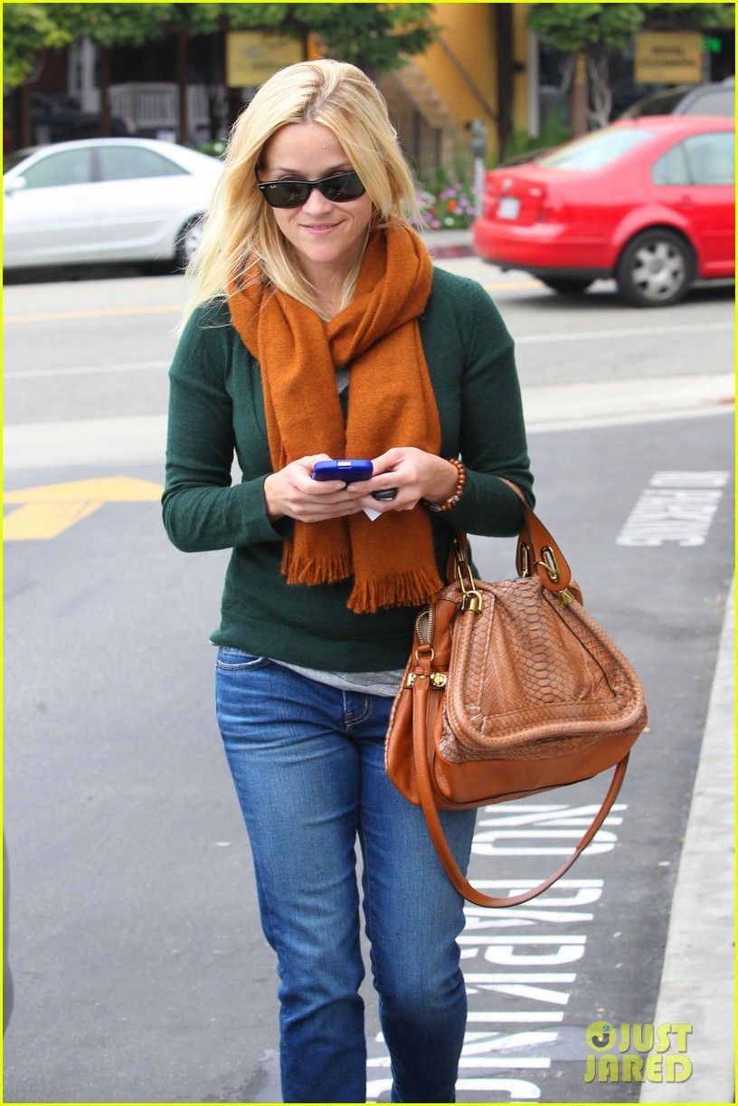 reese witherspoon speedy brentwood stop 102593480